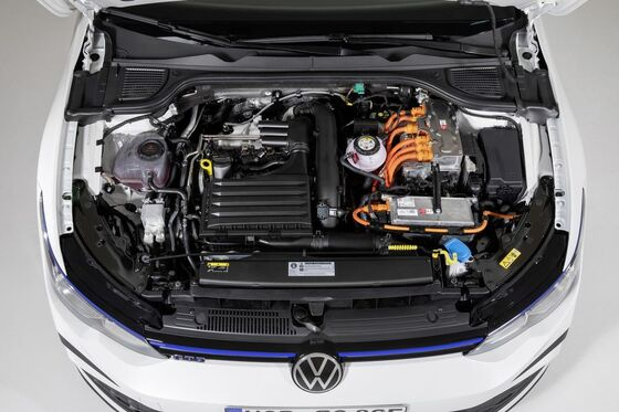 Volkswagen Golf GTE Engine